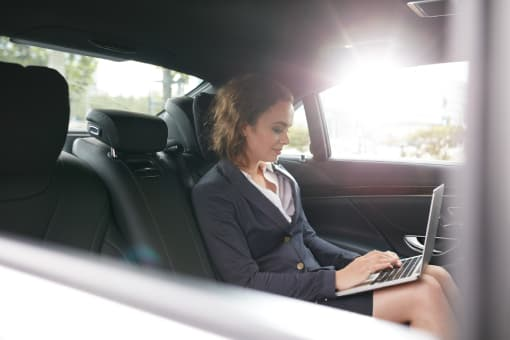chauffeur business depuis le bourget vtc photo 11